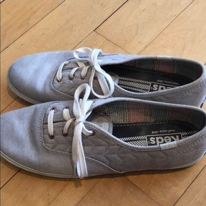 Keds Grey Quilted Sneaker - Size 8